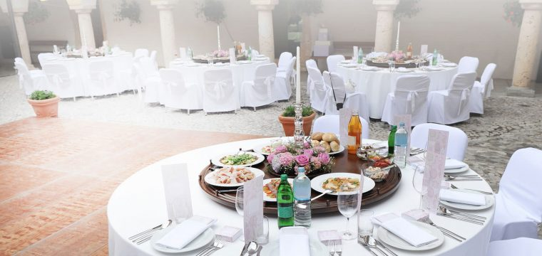 Weddings Can Be Stressful….The Catering Doesn't Have To Be